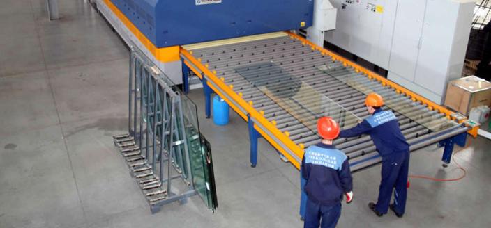 Производство листового стекла в России в декабре 2015 года.
