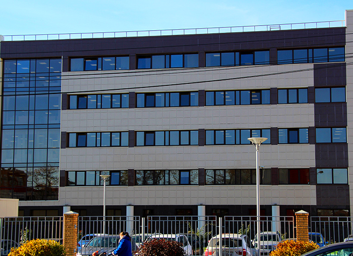 Офисное здание фабрики «ЯСНАЯ ПОЛЯНА»